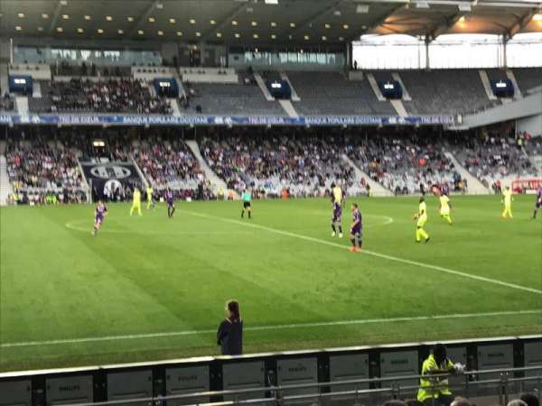 Le Stadium de Toulouse, secção: Sud, fila: F, lugar: 123
