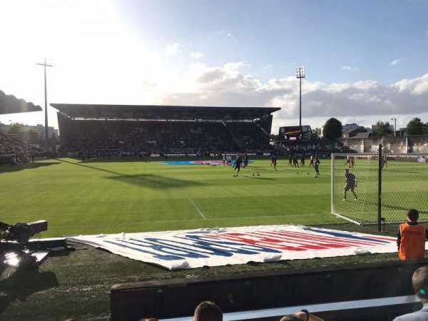 Stade Raymond Kopa, secção: Colombier B, fila: F, lugar: 15