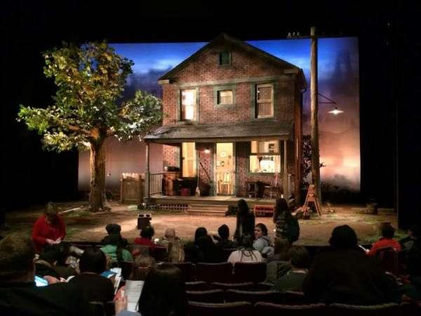 Berlind Theatre, secção: Floor1, fila: F, lugar: 104