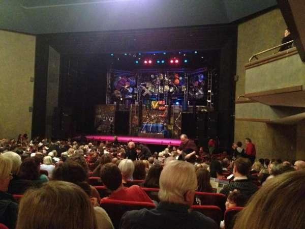 Matthews Theatre at the McCarter Theatre Center, secção: Orchestra A, fila: W, lugar: 14