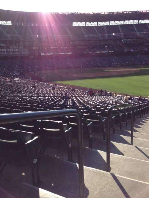 T-Mobile Park, secção: 111, fila: 35, lugar: 34