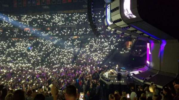 Bridgestone Arena, secção: 107, fila: J, lugar: 4