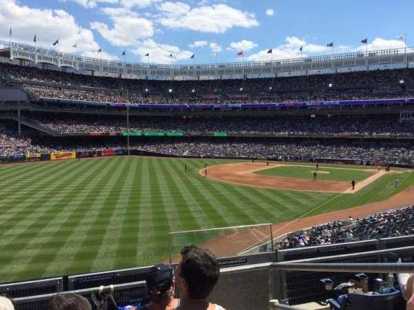 Yankee Stadium, secção: 232a, fila: 4, lugar: 2