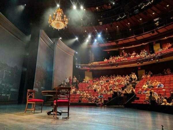 Vivian Beaumont Theater, secção: Orchestra Left, fila: C, lugar: 105