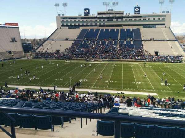 LaVell Edwards Stadium, secção: 133, fila: 3, lugar: 33