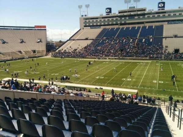 LaVell Edwards Stadium, secção: 33, fila: 40, lugar: 1