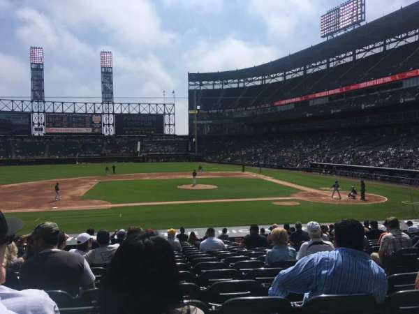 Guaranteed Rate Field, secção: 139, fila: 22, lugar: 5