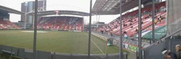 Stadion Galgenwaard, secção: vak-v, fila: 22, lugar: 24