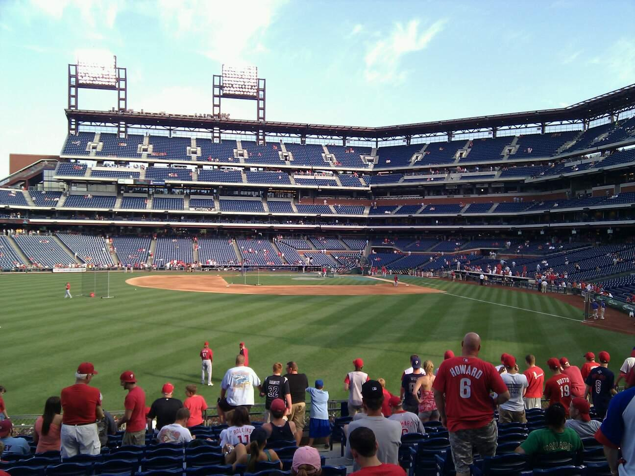 Citizens Bank Park Secção 144 Fila 15 Lugar 4