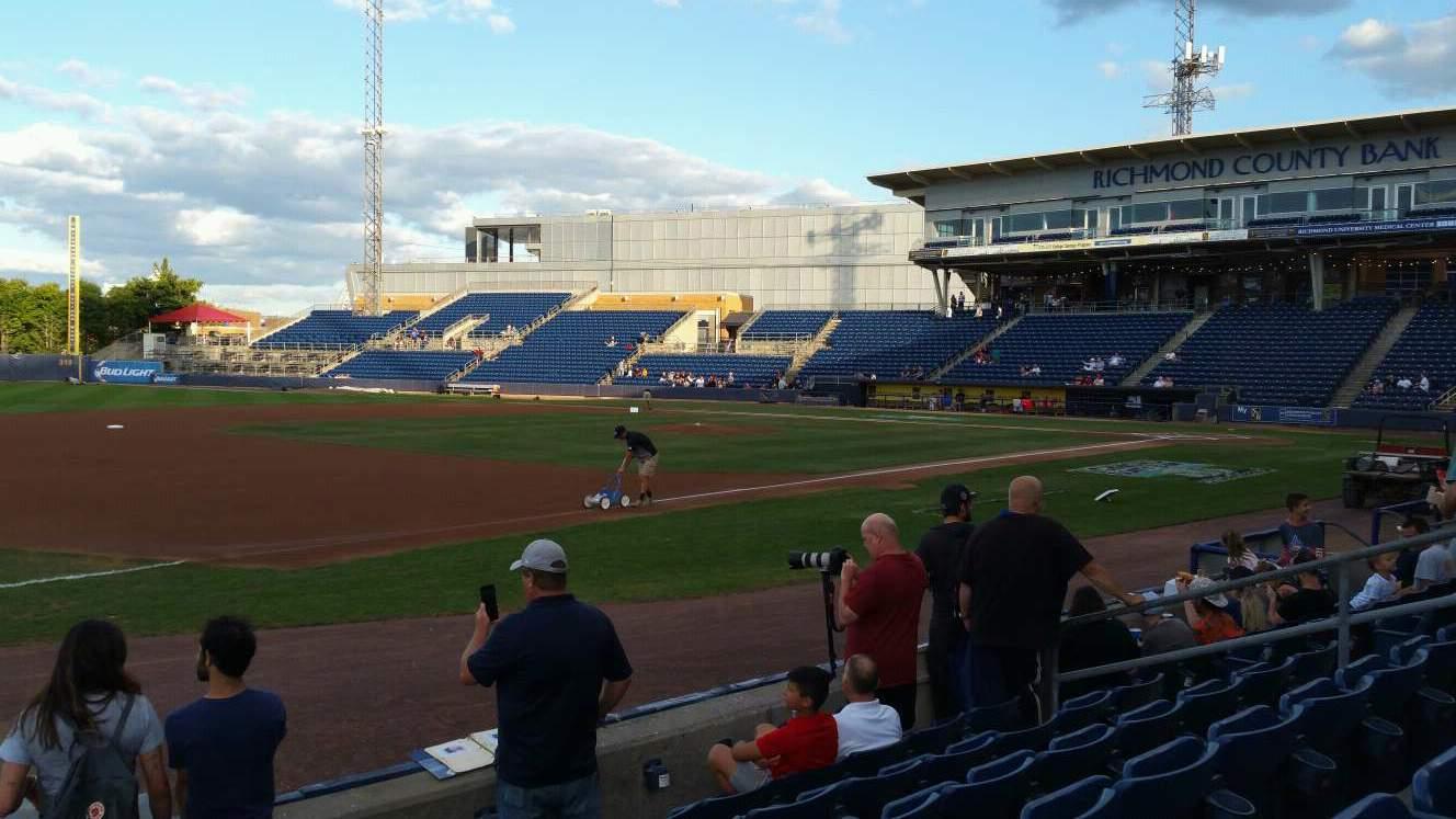 Richmond County Bank Ballpark Secção 4 Fila F Lugar 13