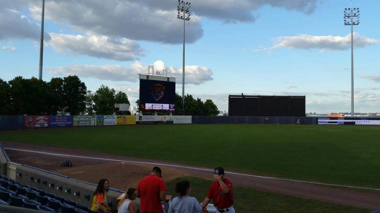 Richmond County Bank Ballpark Secção 4 Fila F Lugar 24