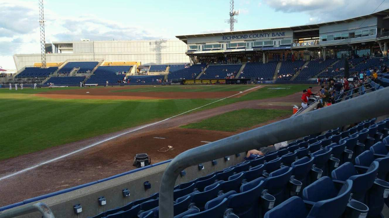 Richmond County Bank Ballpark Secção 1 Fila F Lugar 1