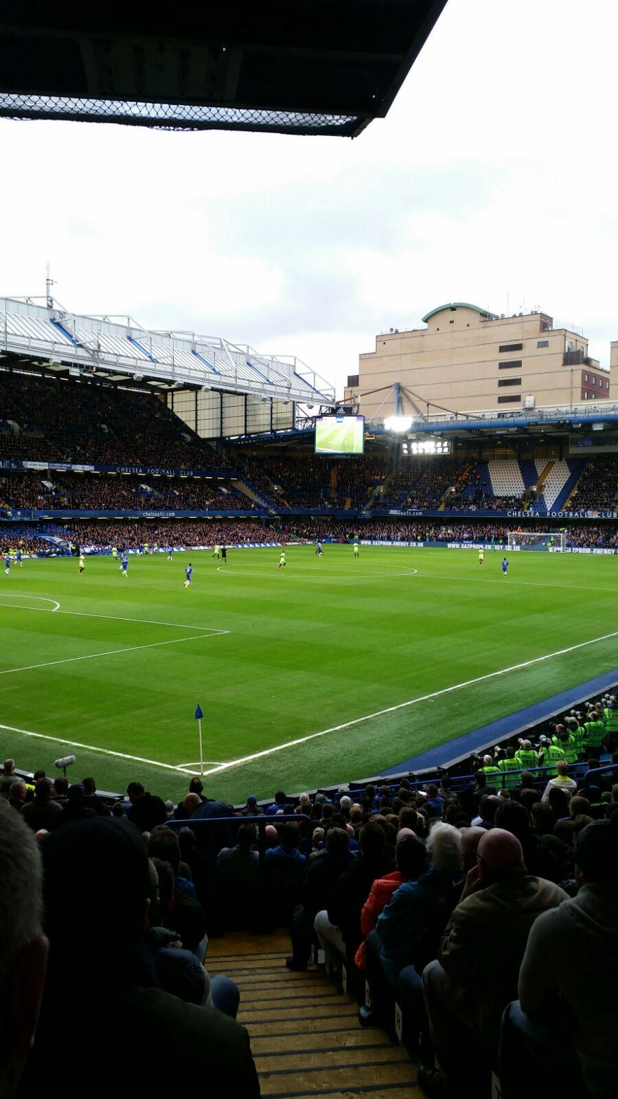 Stamford Bridge Secção Matthew Harding Lower 8 Fila U Lugar 395