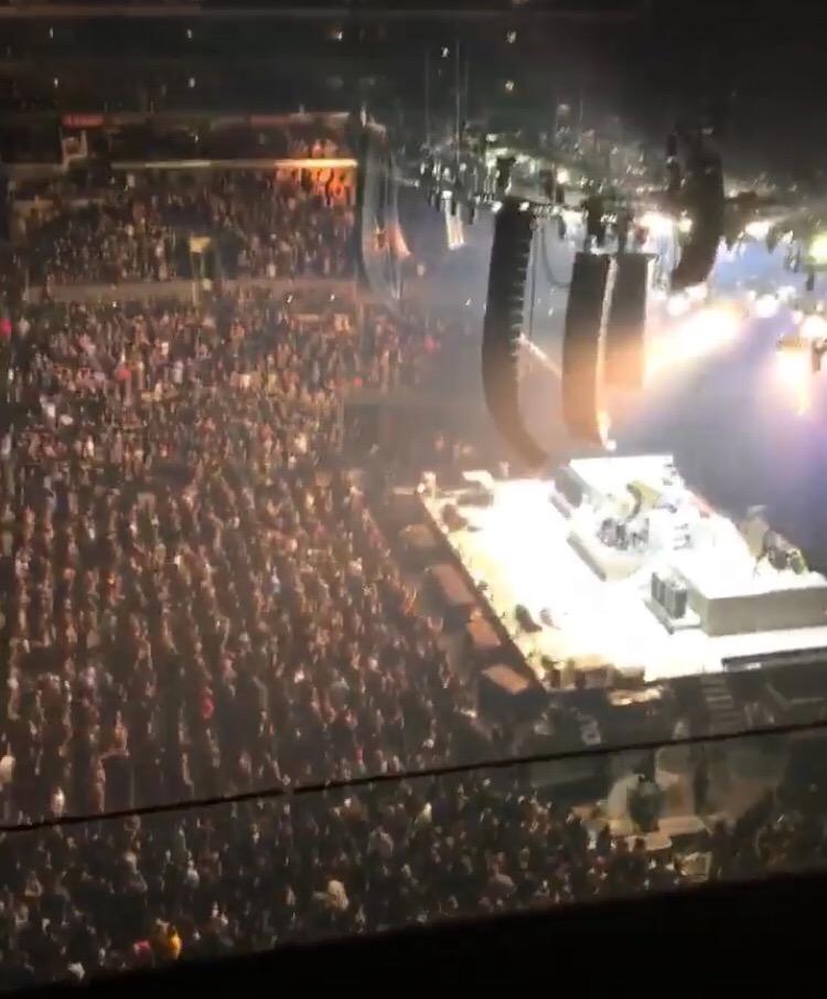 Staples Center Secção 334 Fila 2W Lugar 9