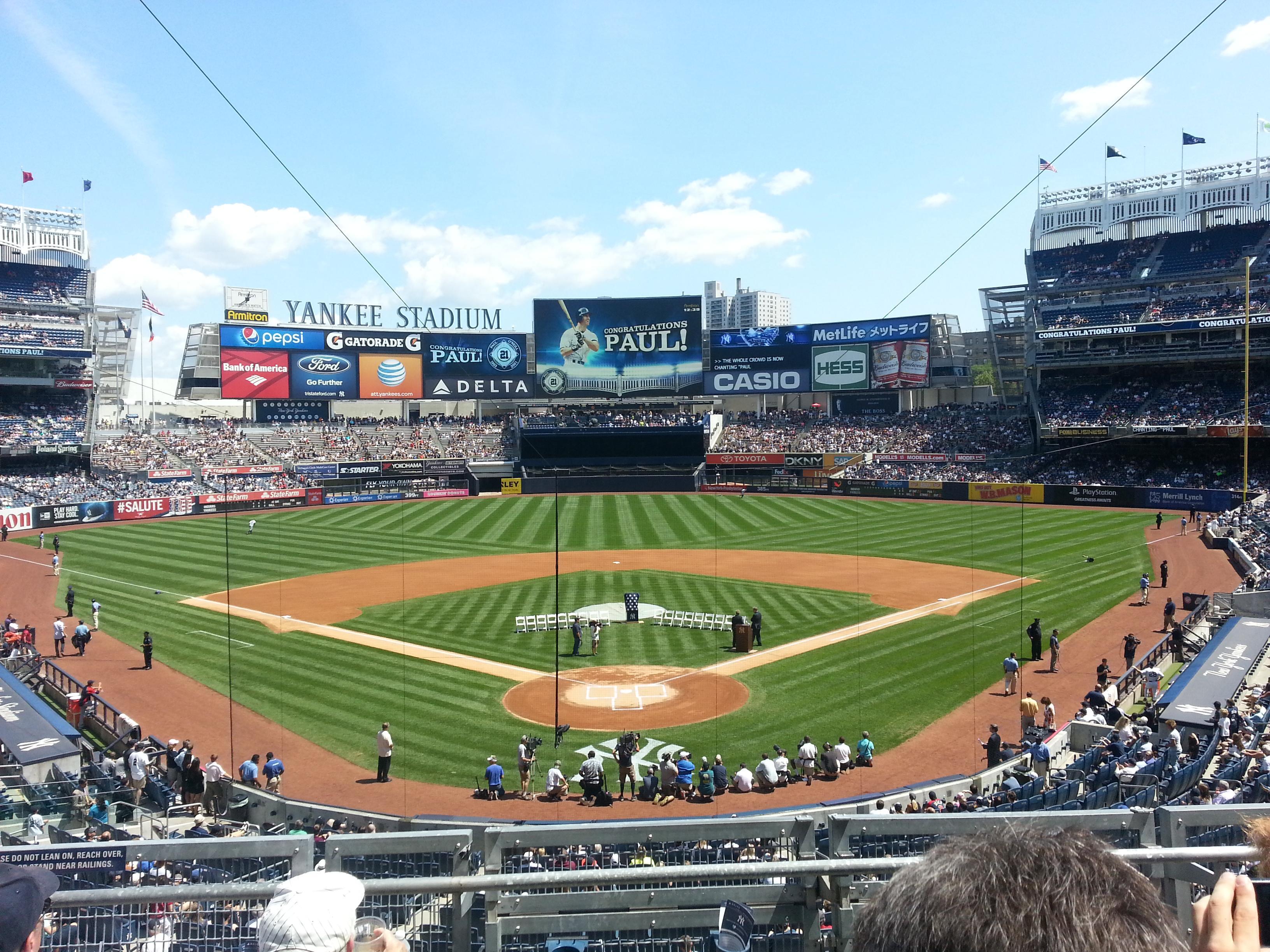 Yankee Stadium Secção 220B Fila 4 Lugar 10