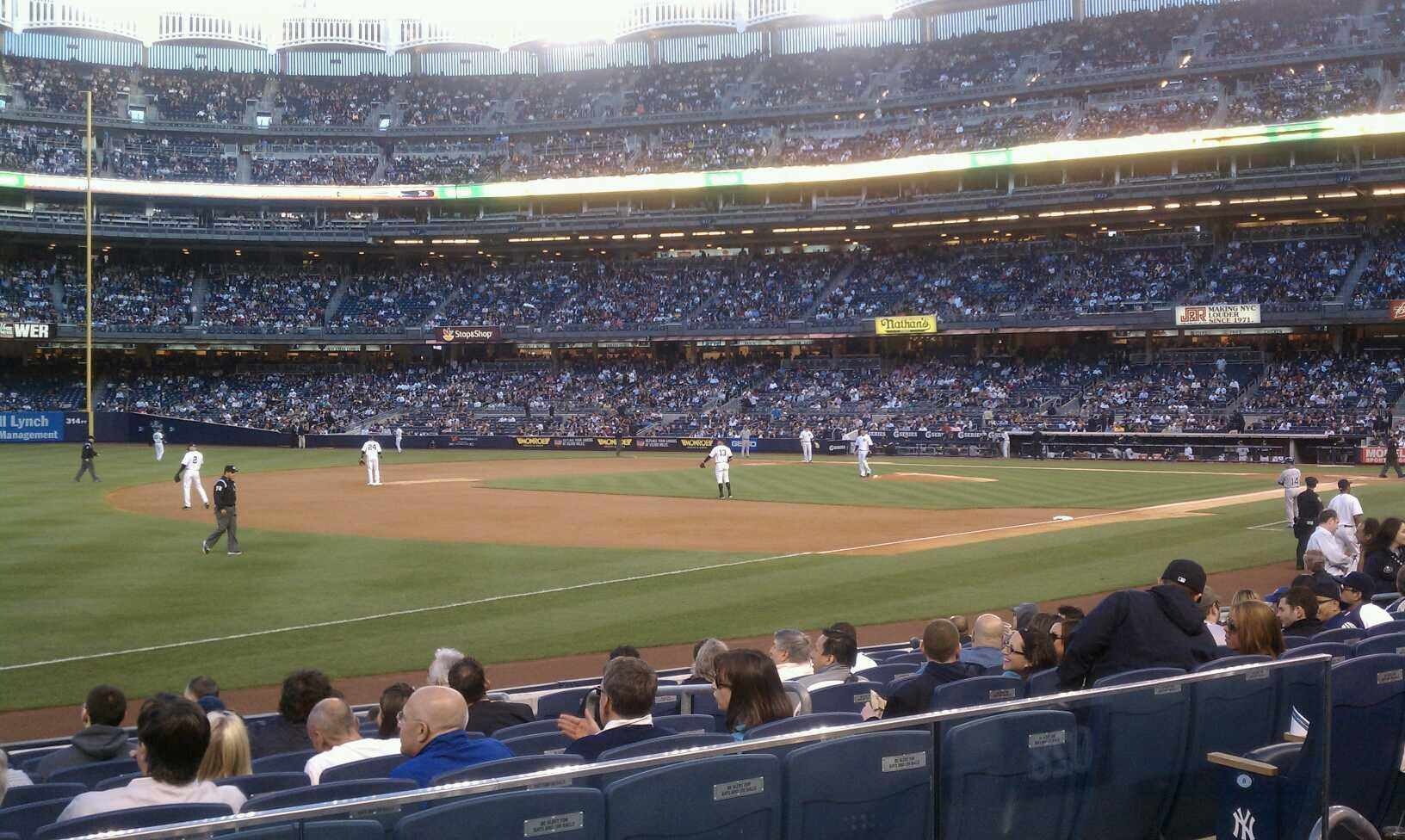 Yankee Stadium Secção 128 Fila 12 Lugar 8