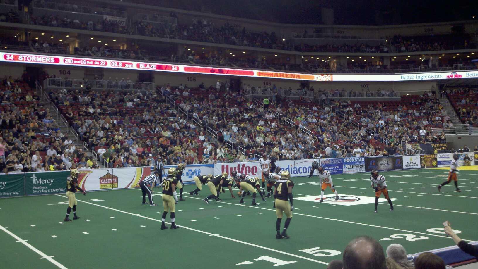 Wells Fargo Arena Secção 118 Fila e Lugar 2