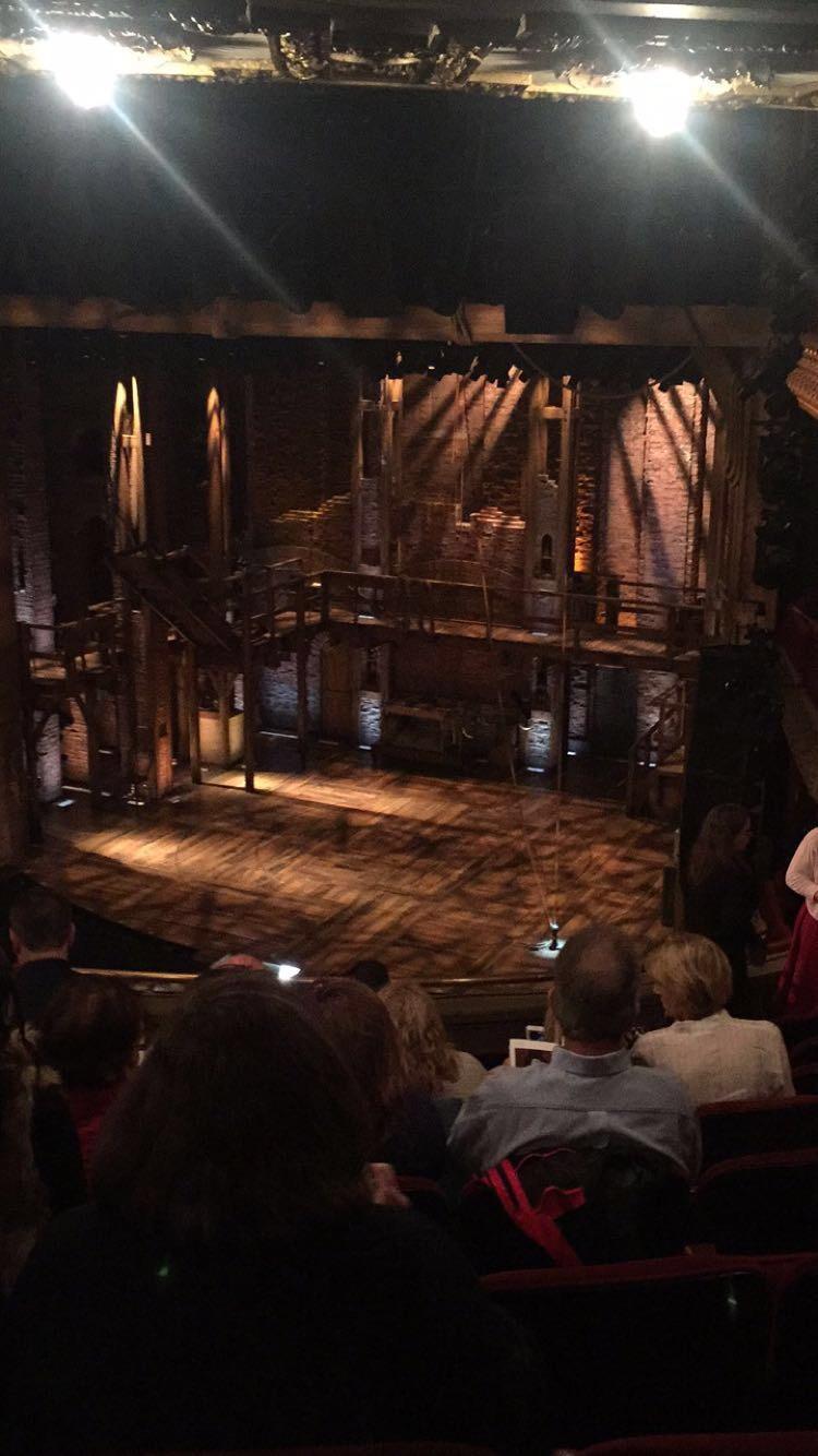 CIBC Theatre Secção Mezzanine R Fila J Lugar 14