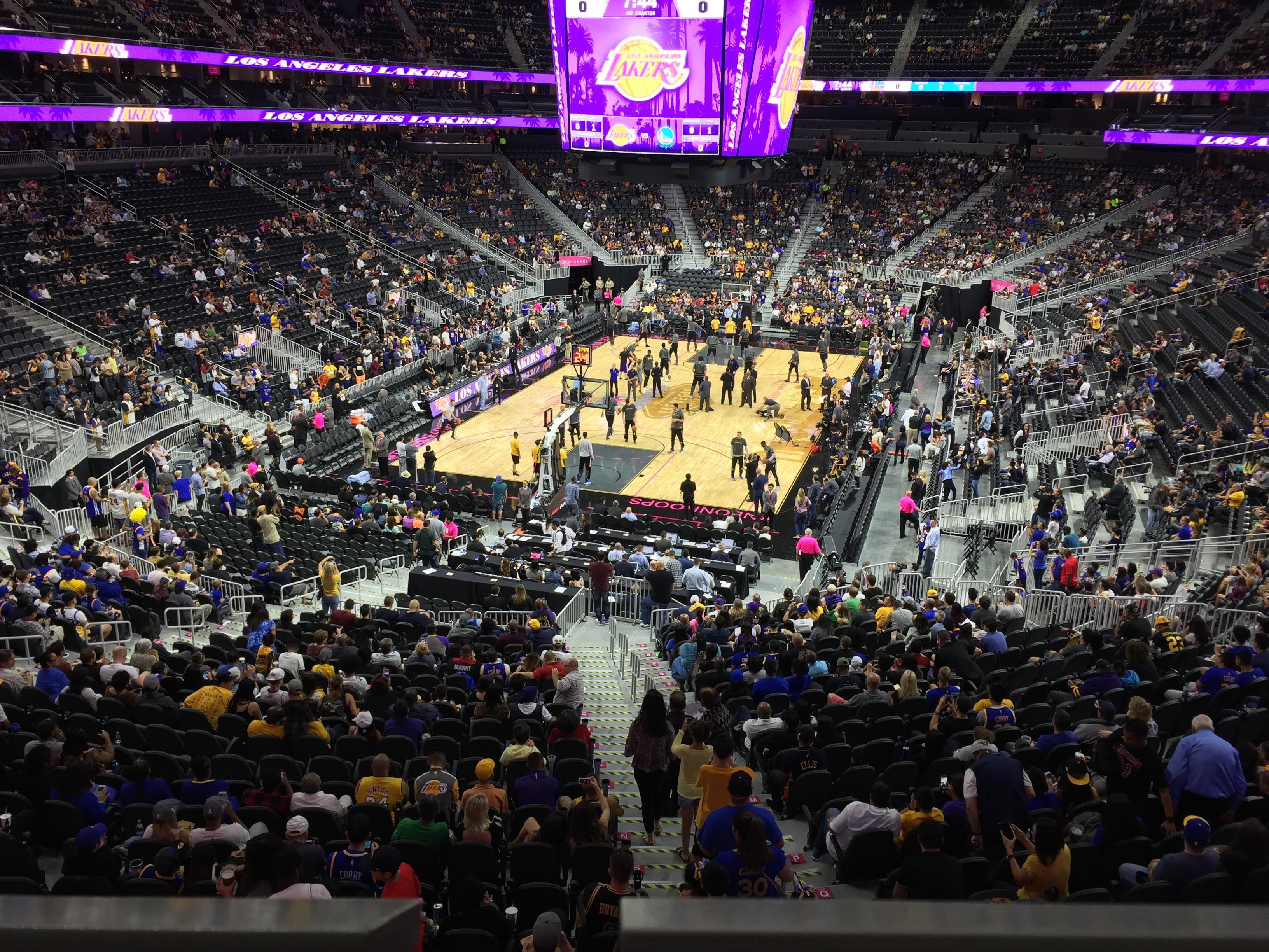 T-Mobile Arena Secção 103 Fila A Lugar 4