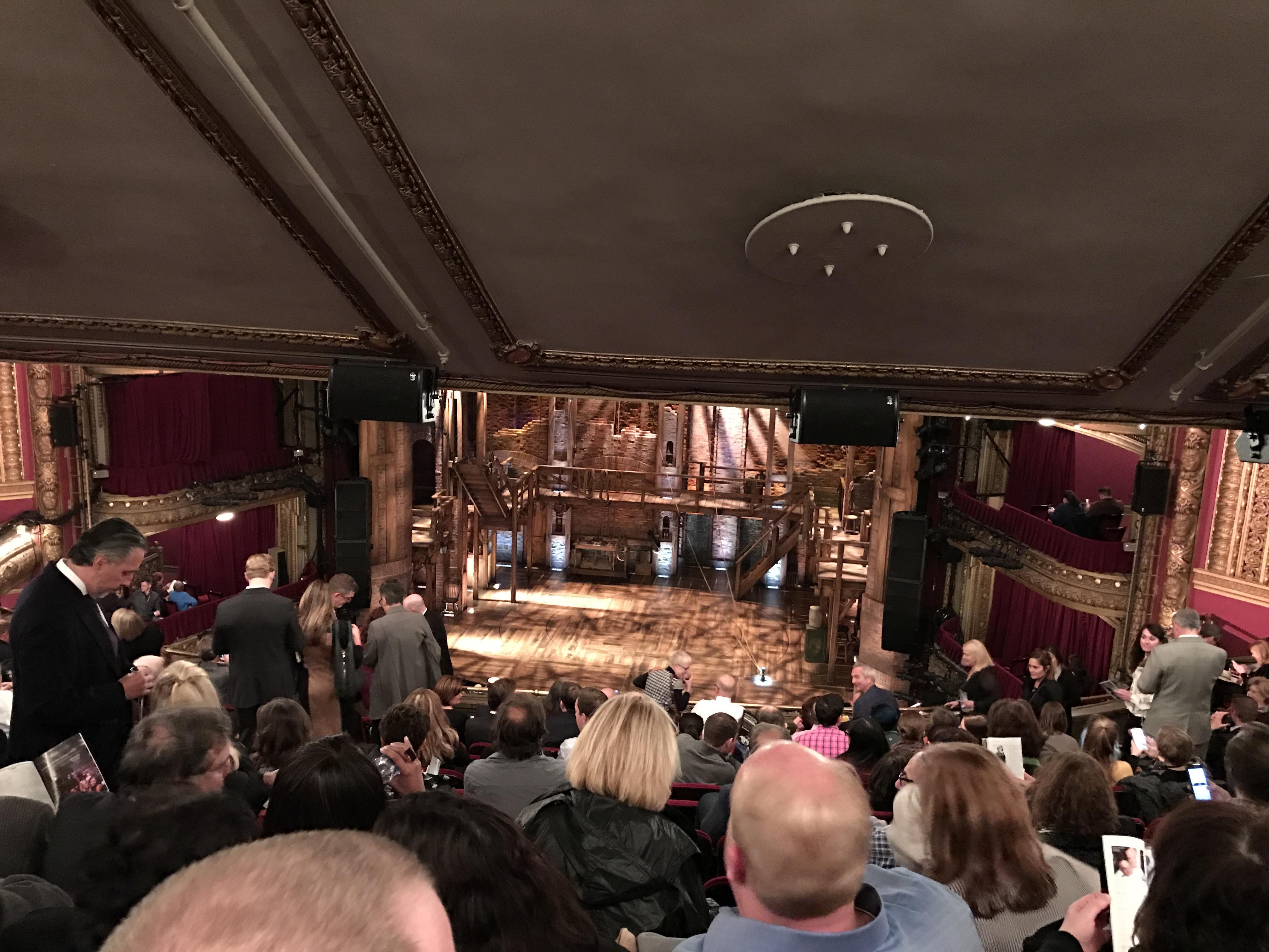 CIBC Theatre Secção Mezzanine RC Fila M Lugar 312