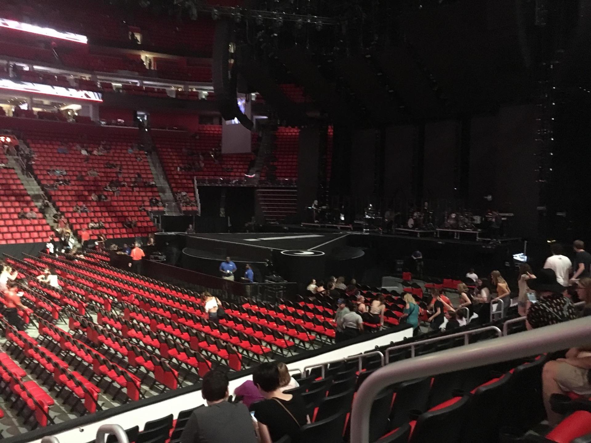 Little Caesars Arena Secção 109 Fila 9 Lugar 1