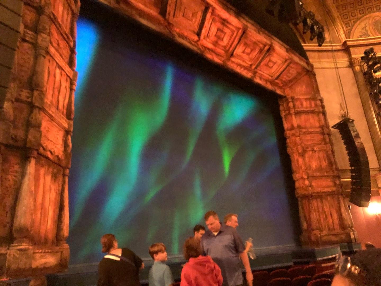 St. James Theatre Secção Orchestra L Fila G Lugar 13