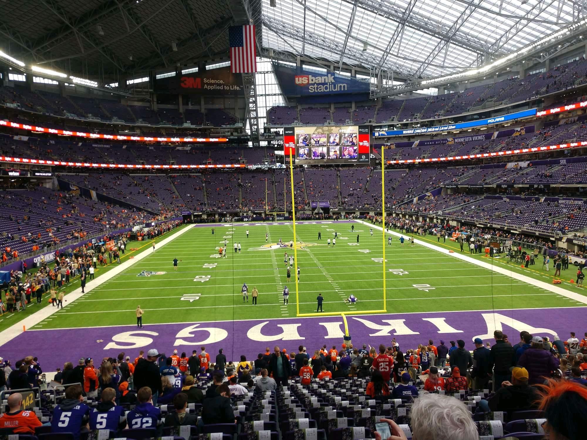 U.S. Bank Stadium Secção 142 Fila 25 Lugar 11