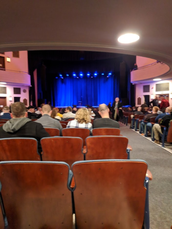 Chevalier Theatre Secção Orchestra Center Fila AA Lugar 101