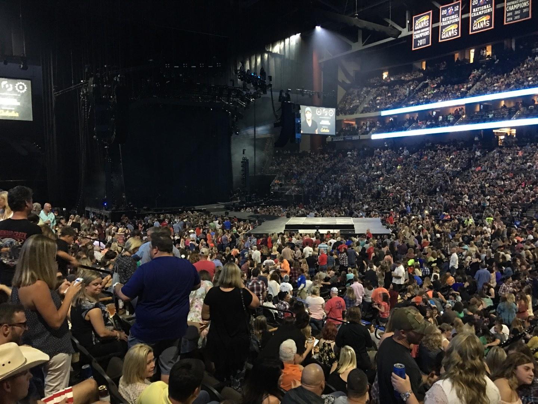 VyStar Veterans Memorial Arena Secção 113 Fila M Lugar 5