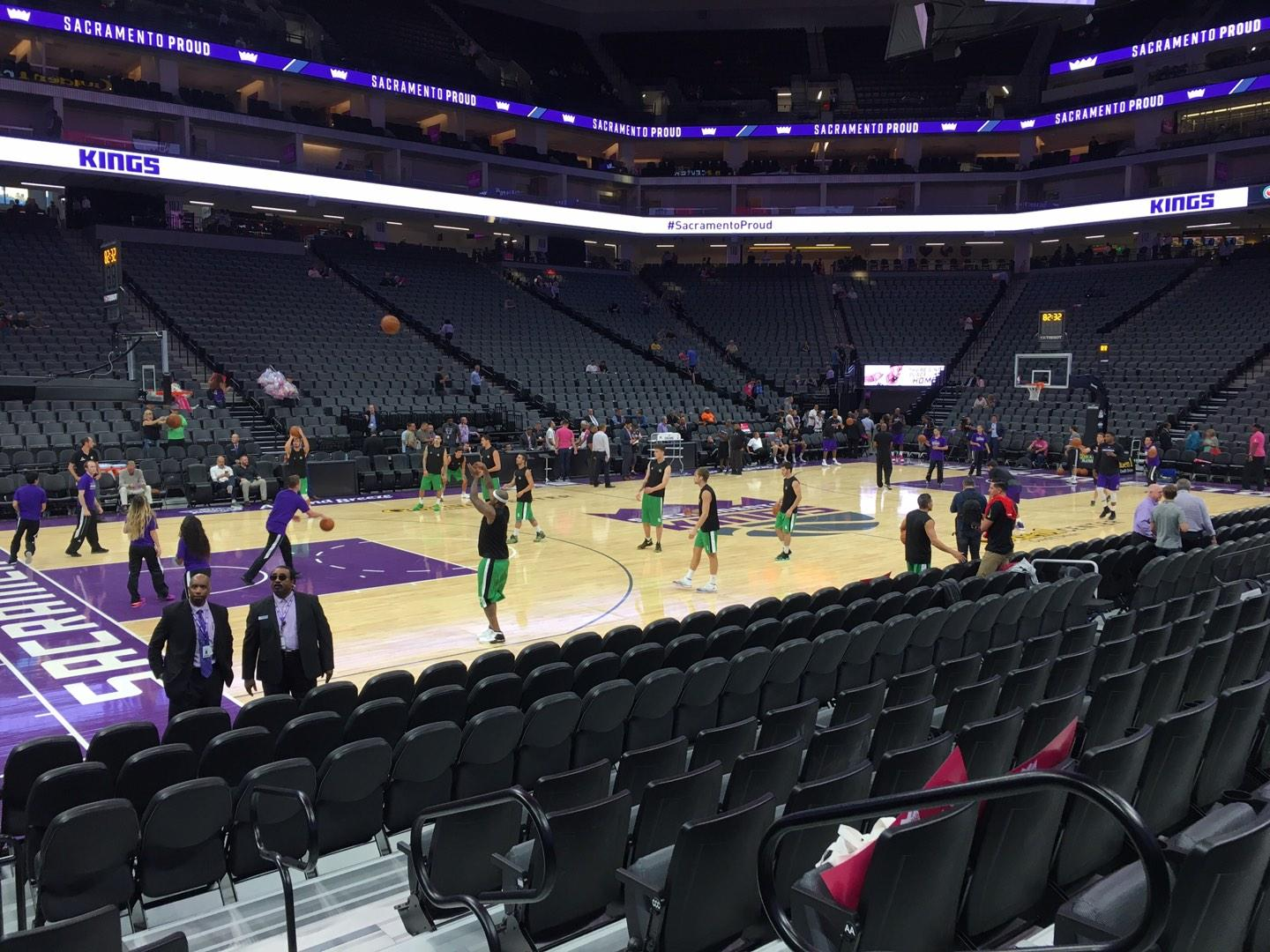 Golden 1 Center Secção 122 Fila Cc Lugar 1