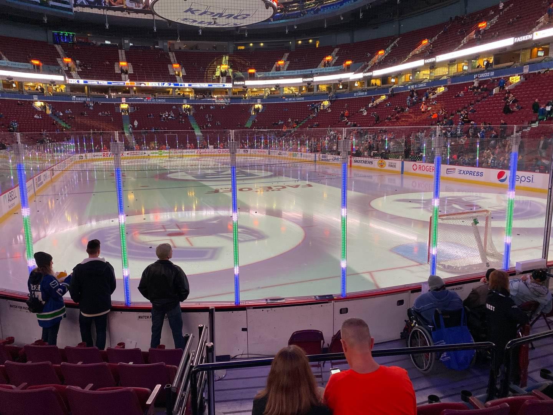 Rogers Arena Secção 101 Fila 7 Lugar 105
