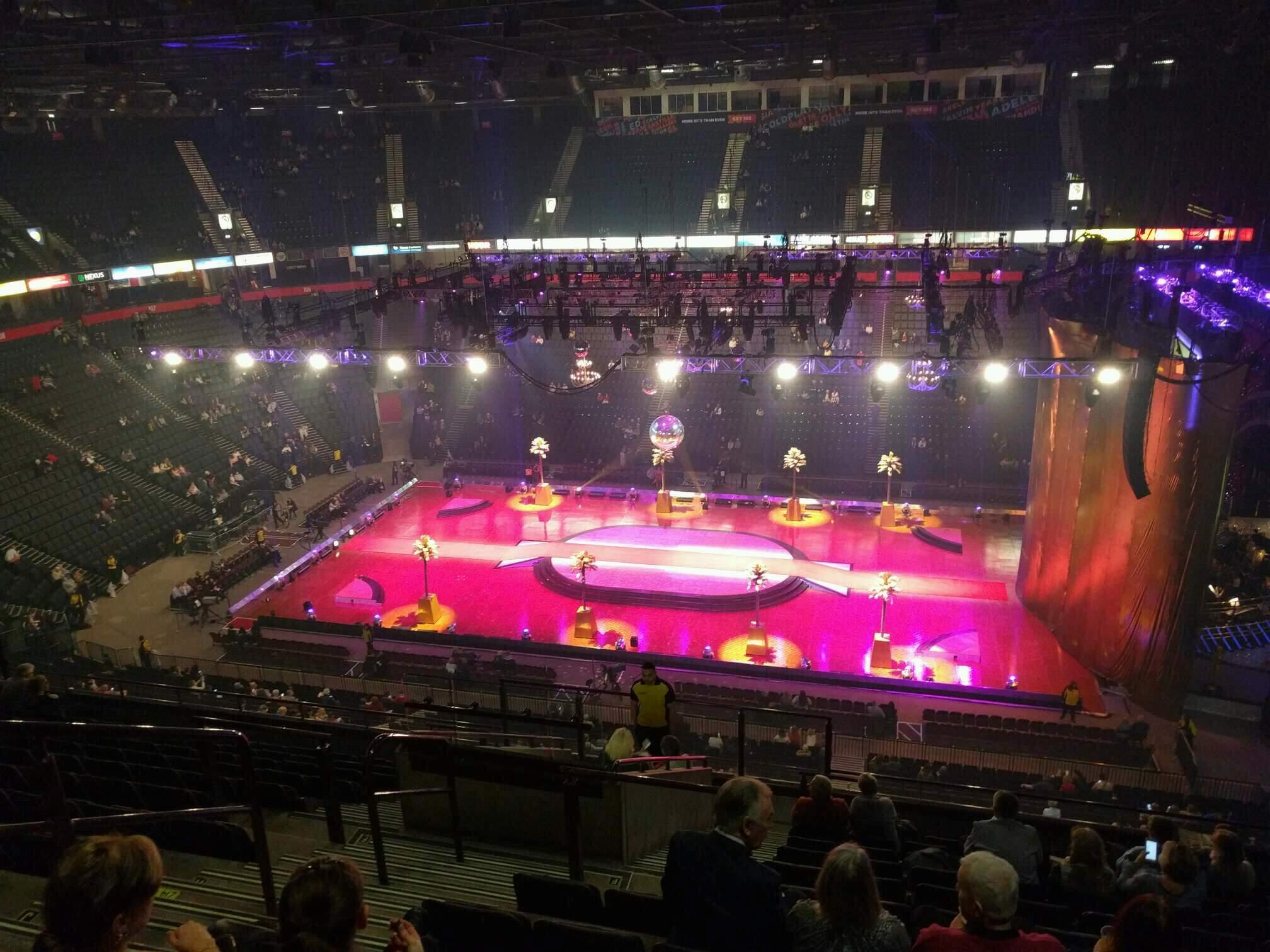 Manchester Arena Secção 215 Fila m Lugar 5