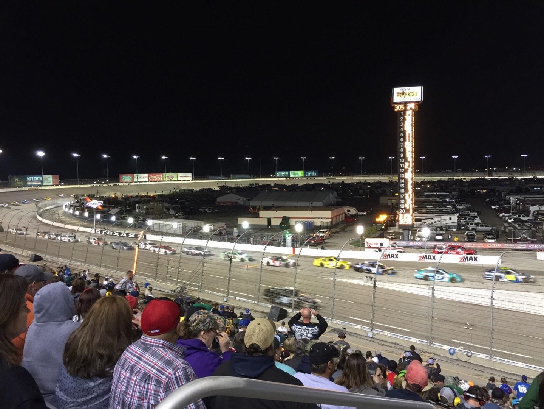 Texas Motor Speedway Secção Pit Side Lower 422 Fila 25 Lugar 1