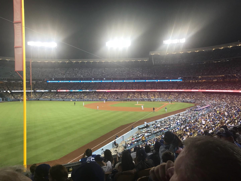 Dodger Stadium Secção 163LG Fila H Lugar 2