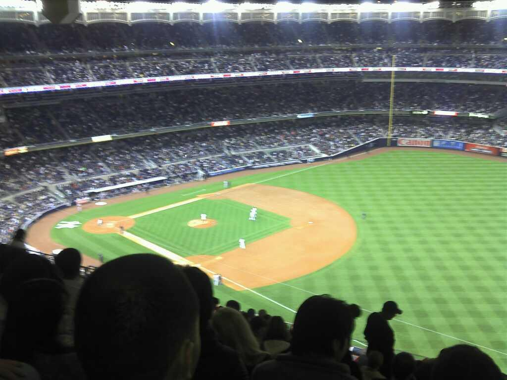 Yankee Stadium Secção 411 Fila 13 Lugar 5