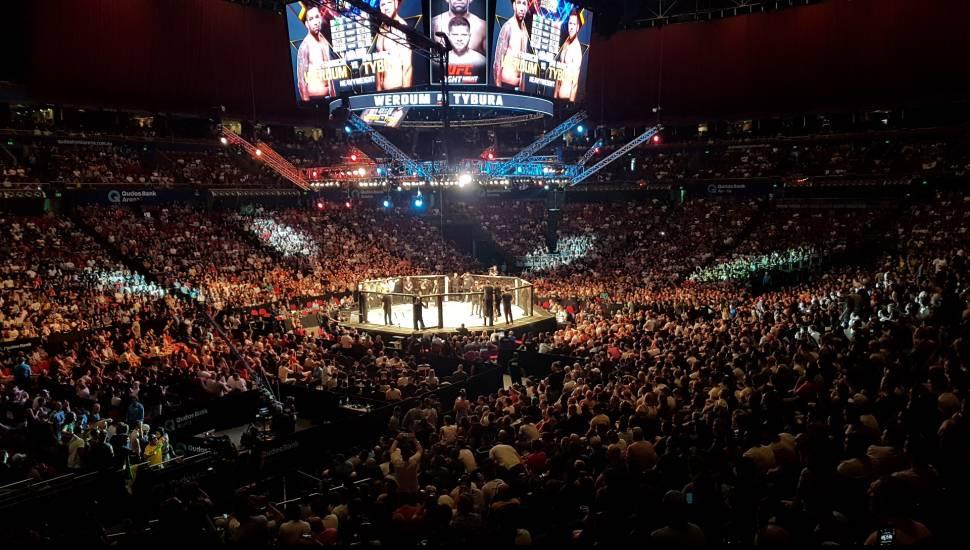 Qudos Bank Arena,  Secção <strong>202</strong>, Fila <strong>FF</strong>, Lugar <strong>6</strong>
