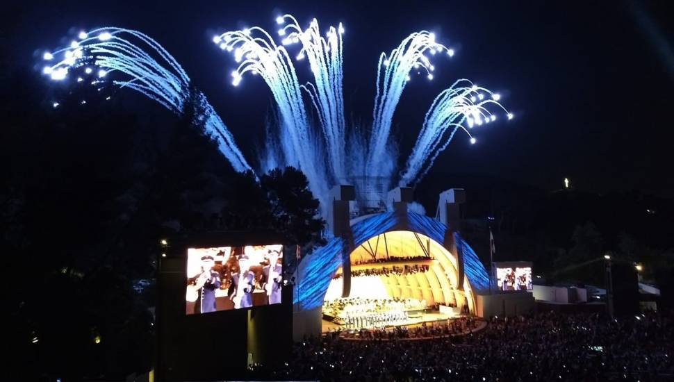 Hollywood Bowl,  Secção <strong>233L</strong>, Fila <strong>14</strong>, Lugar <strong>101</strong>