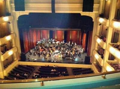 Bass Performance Hall, secção: Lower Gallery, fila: B, lugar: 28