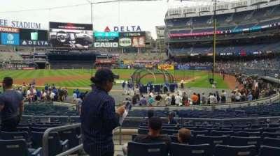 Yankee Stadium, secção: 121A, fila: 9, lugar: 13