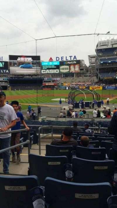 Yankee Stadium, secção: 121A, fila: 9, lugar: 12