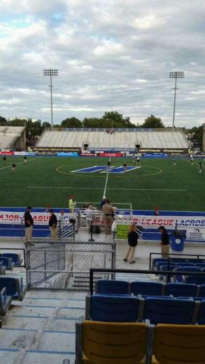 James M. Shuart Stadium, secção: 4, fila: T, lugar: 12