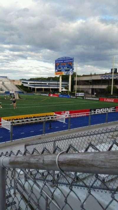 James M. Shuart Stadium, secção: 3, fila: 8, lugar: 13
