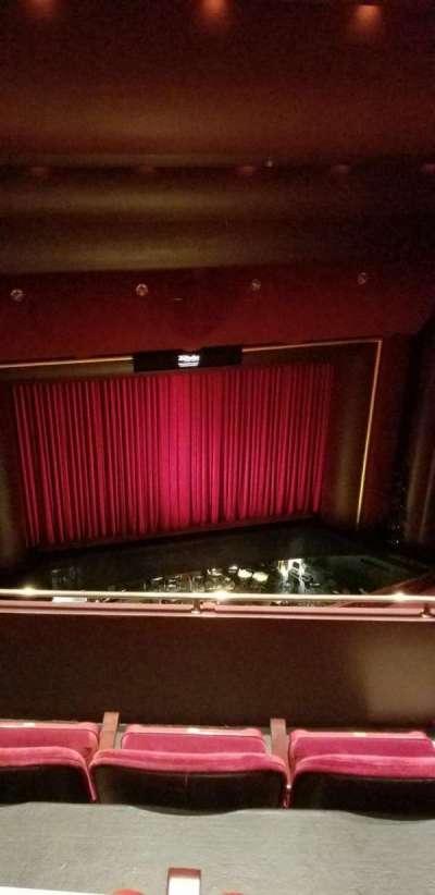 Brown Theater at the Wortham Center, secção: K, fila: H, lugar: 4