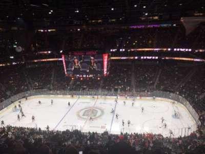 T-Mobile Arena secção 221
