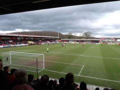 Broadhall Way, secção: Away Stand B, fila: K, lugar: 32