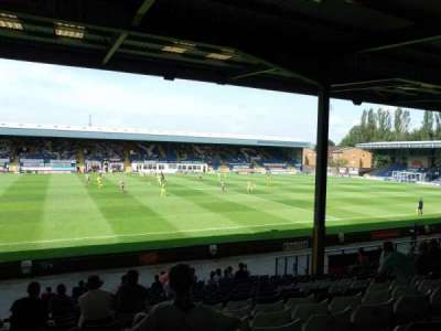 Gigg Lane, secção: South Stand, fila: T, lugar: 54