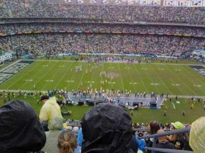 Qualcomm Stadium, secção: V6, fila: 9