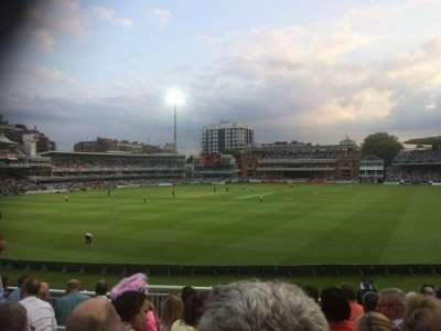 Lord's Cricket Ground, secção: Crompton Upper Stand Block 17, fila: J, lugar: 87