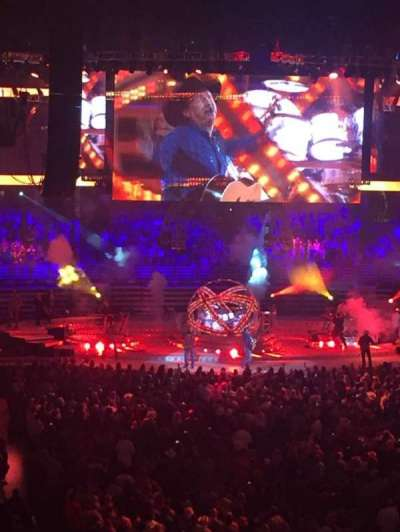 Honda Center, secção: 302, fila: D, lugar: 11