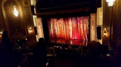 The Paramount Theatre, secção: MEZ11, fila: D, lugar: 1